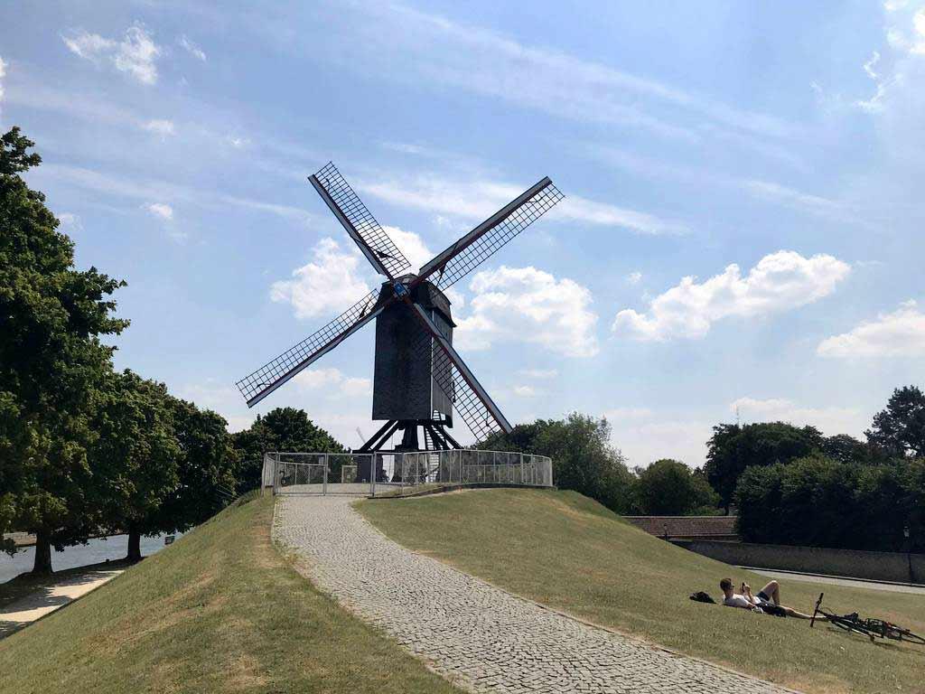 Sint-Janshuismolen 風車