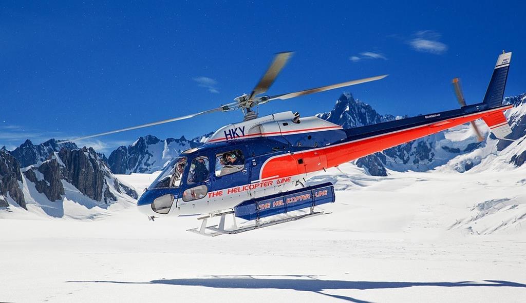 福克斯&弗朗茲約瑟夫冰川直升機觀光