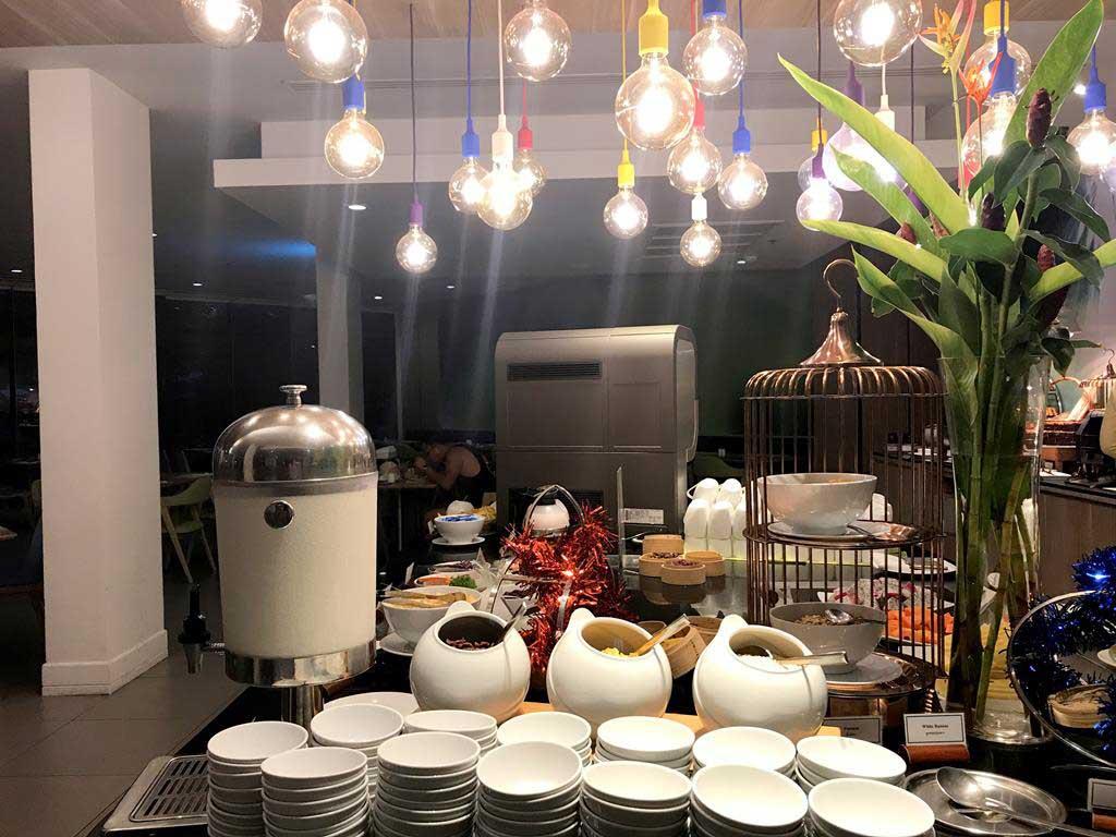 甲米奧南宜必思尚品酒店 早餐