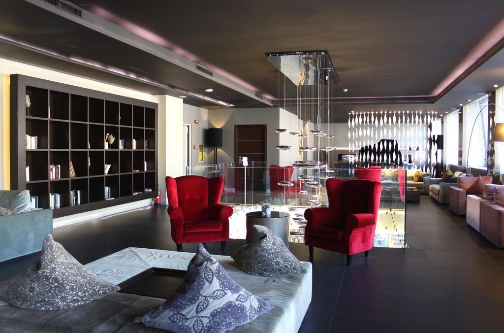 C-安巴夏特利酒店