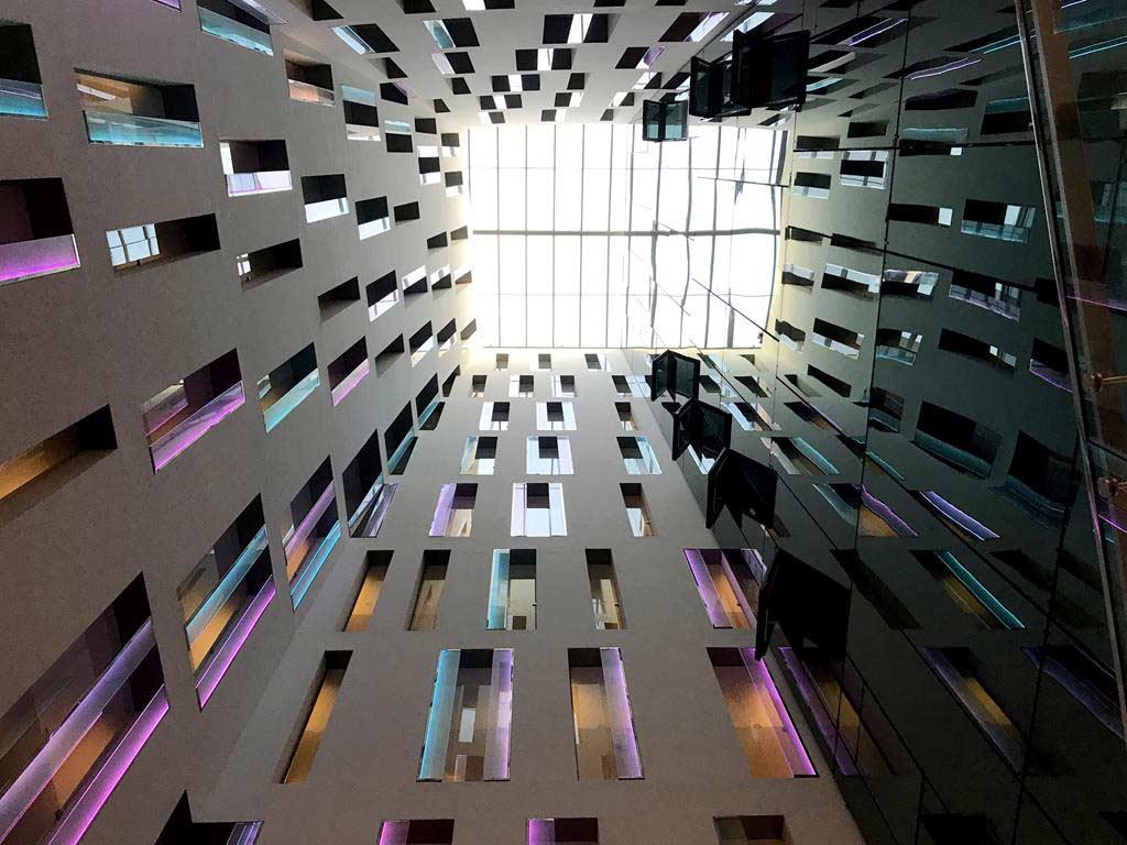 Ayre-Hotel-Rosellón-Lobby