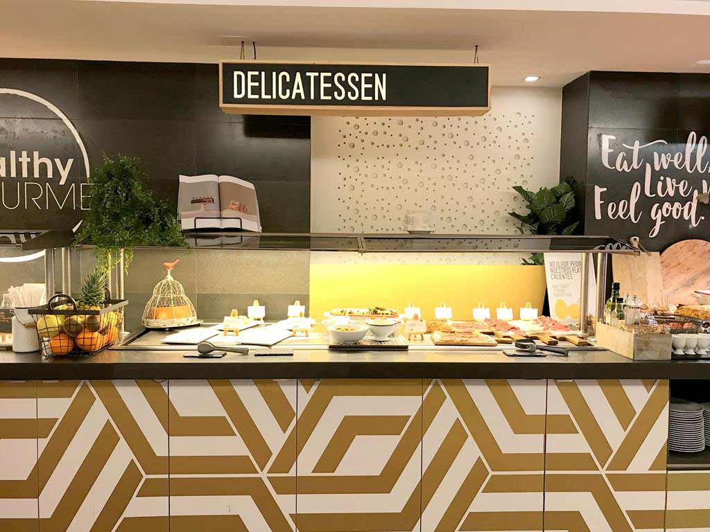 Ayre-Hotel-Rosellón-breakfast