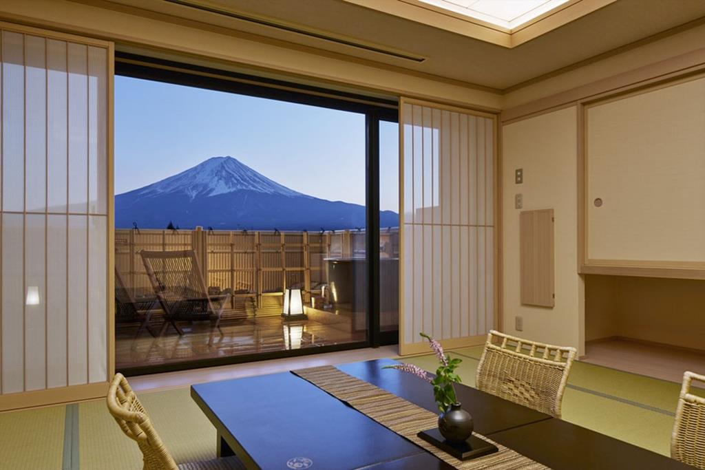 富士河口湖溫泉湖南莊酒店