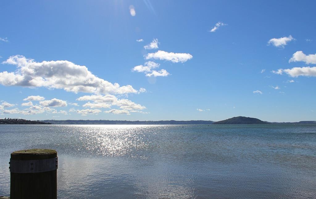 陶波湖Lake Taupo