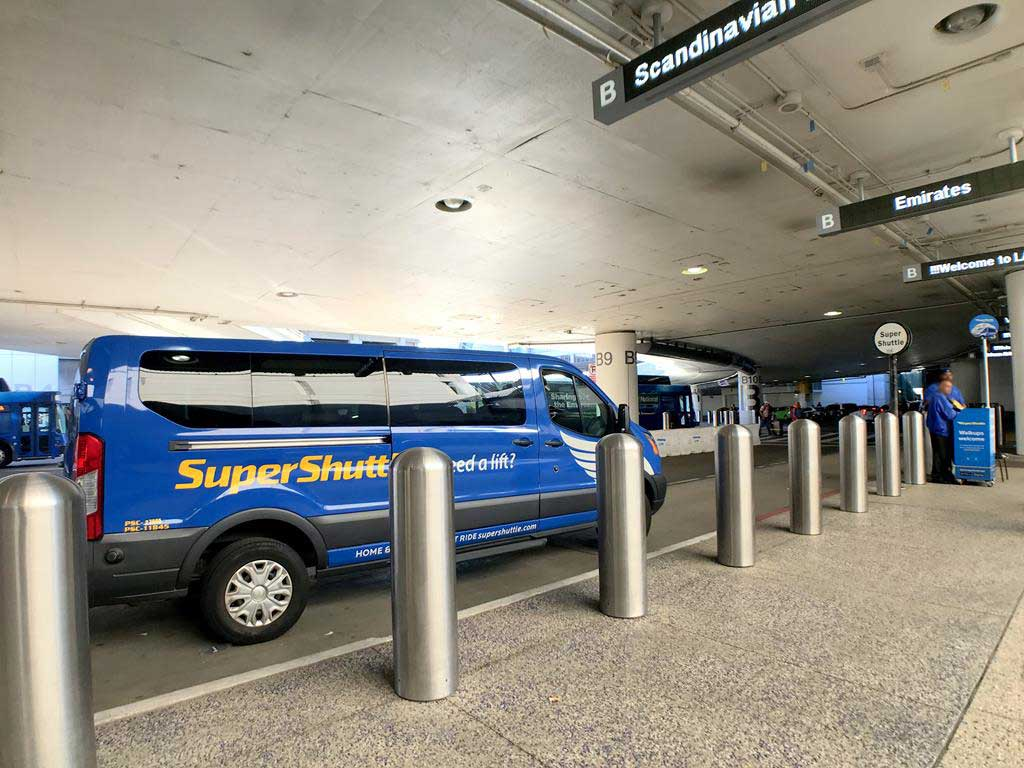 LAX airport Share-Van(SuperShuttle)