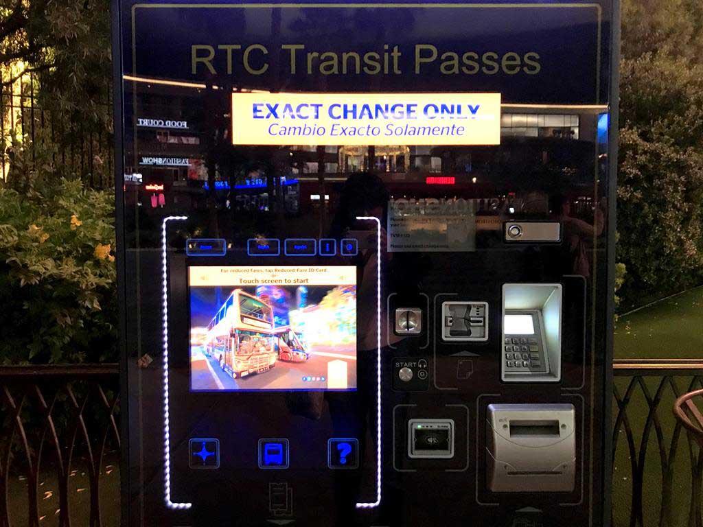 Ticket-of-Deuce-SDX-bus-in-Las-vegas