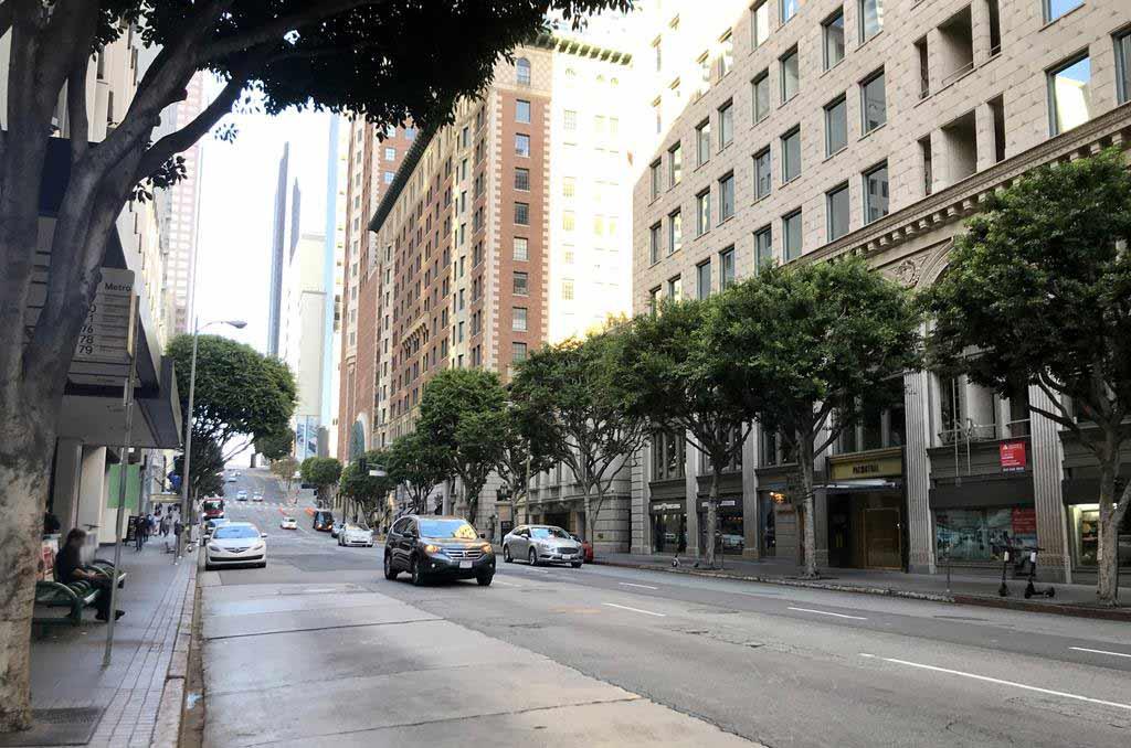 Los Angeles Road