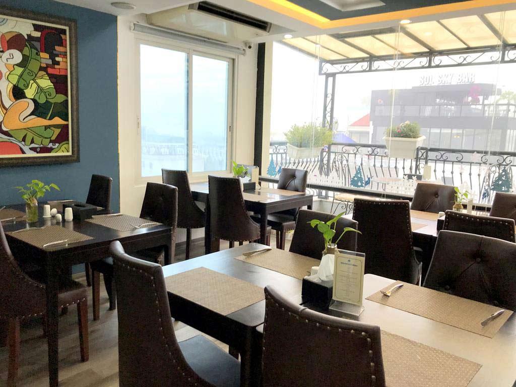 Hanoi Bonsella Hotel Breakfast