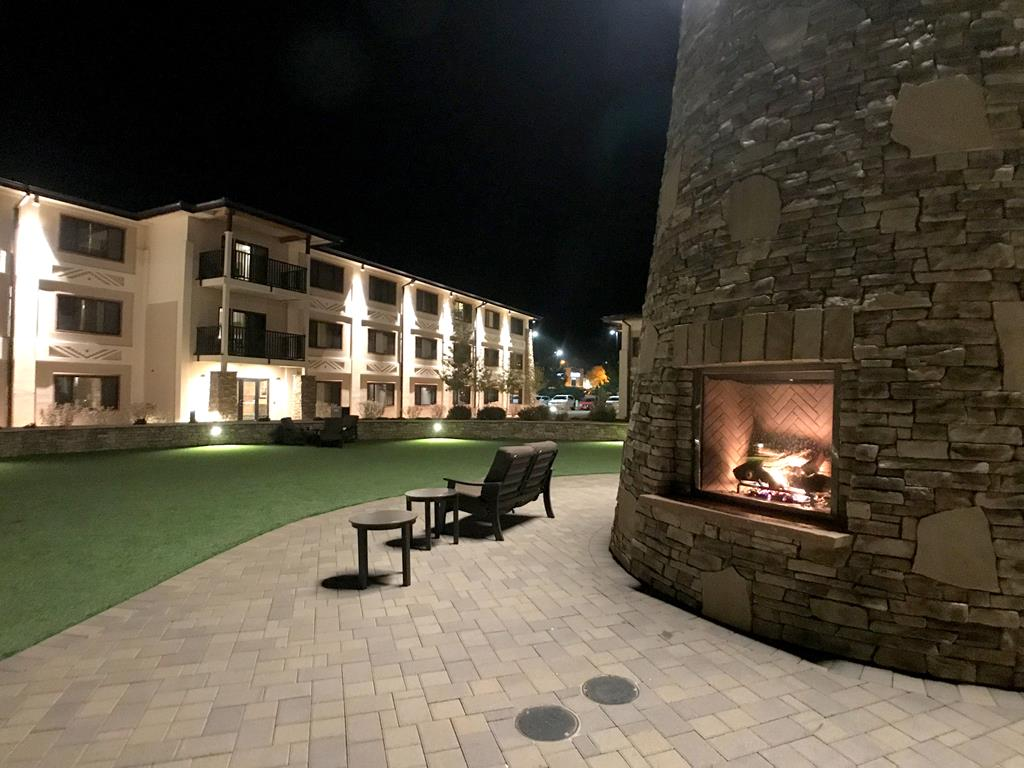 Facility of Best Western Premier Grand Canyon Squire Inn