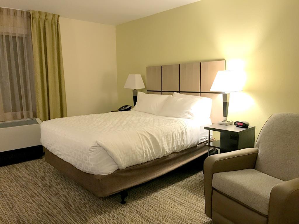 Room of Candlewood Suites - Fairbanks