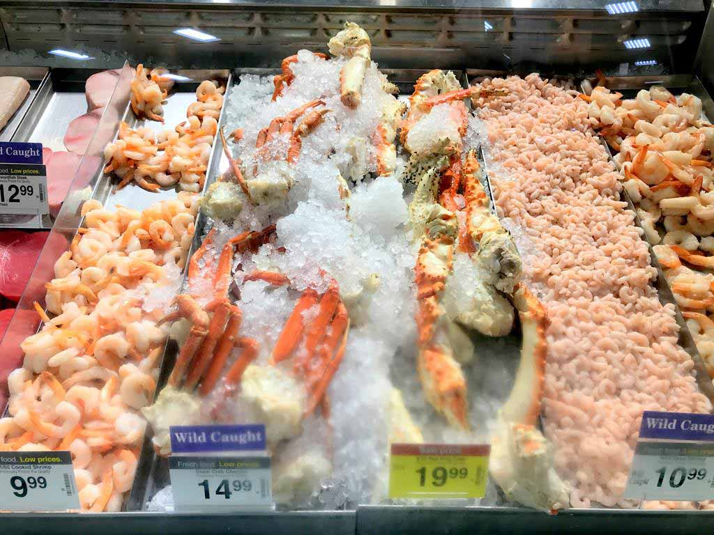Seafoods-in-Alaska-supermarket