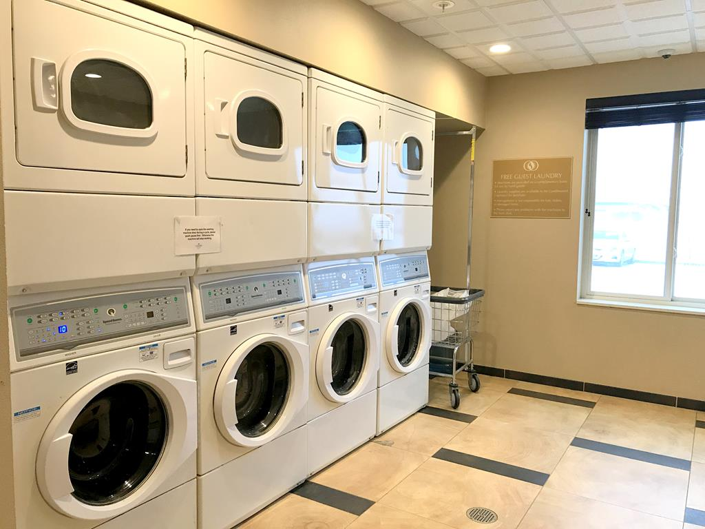 laundry of Candlewood Suites - Fairbanks
