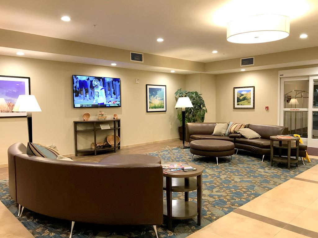 lobby of Candlewood Suites - Fairbanks