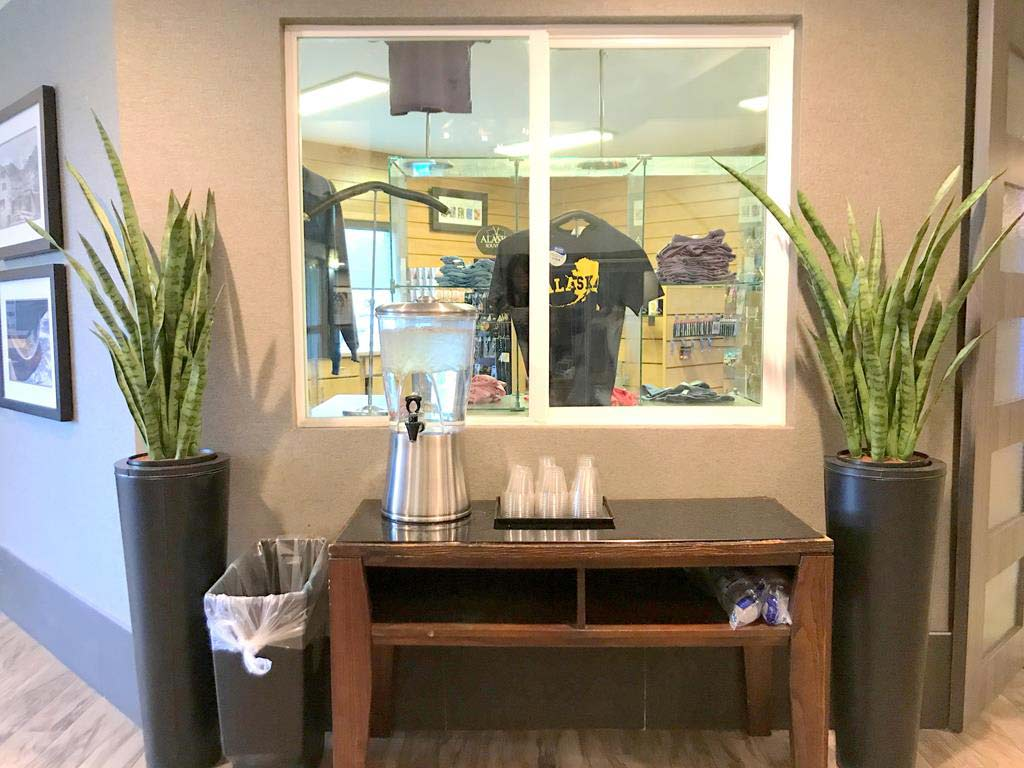 lobby of La Quinta by Wyndham Fairbanks Airport