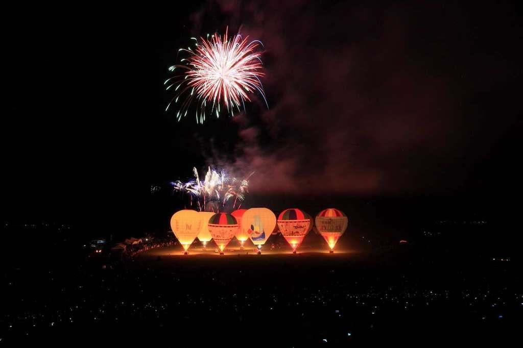 鹿野 熱氣球 煙火