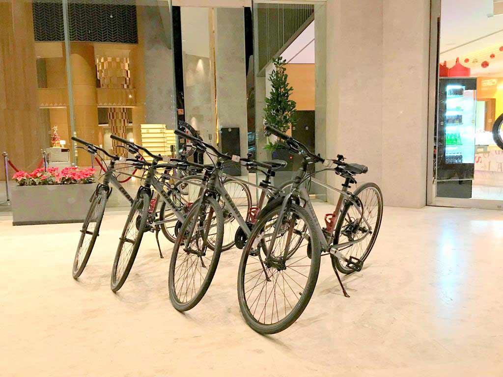 Lobby of Shangri-La's Far Eastern Plaza Hotel Tainan