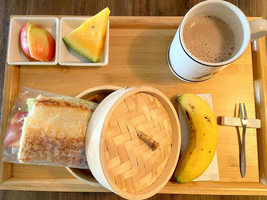 breakfast of PAPO'A HOTEL