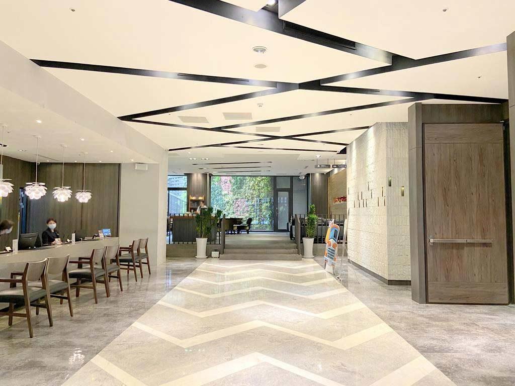 lobby of la vida hotel