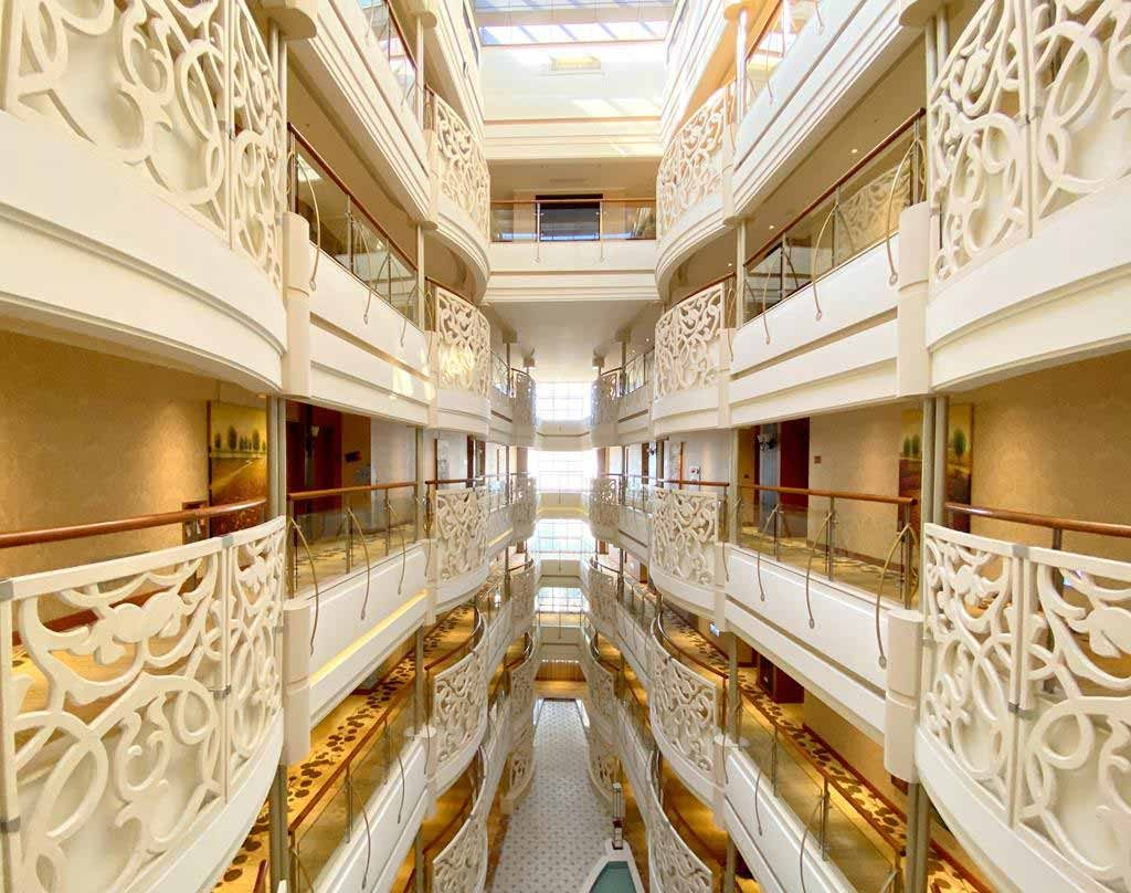 Room of eda royal hotel