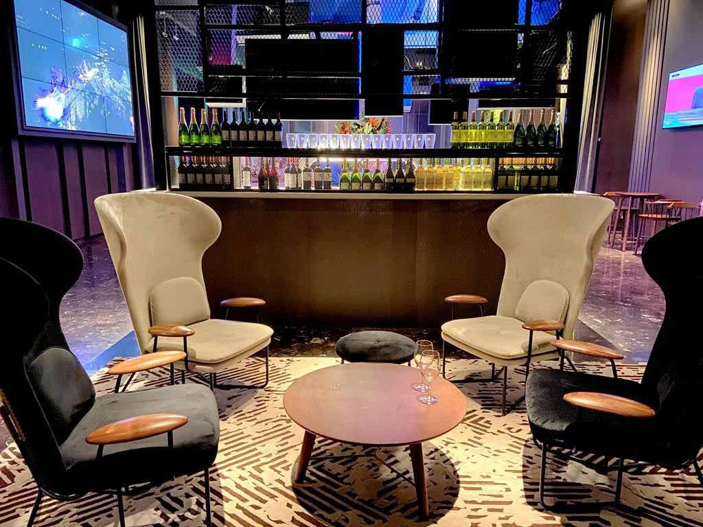 Bar-of-hotel-indigo-hsinchu