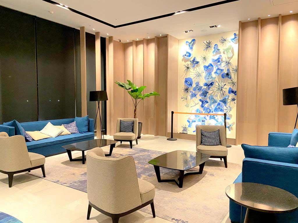 lobby-of-Cozzi-blu