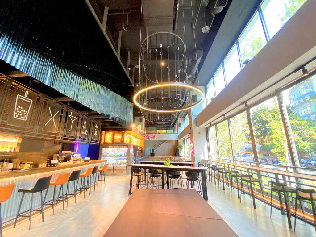 lobby-of-moxy-taichung