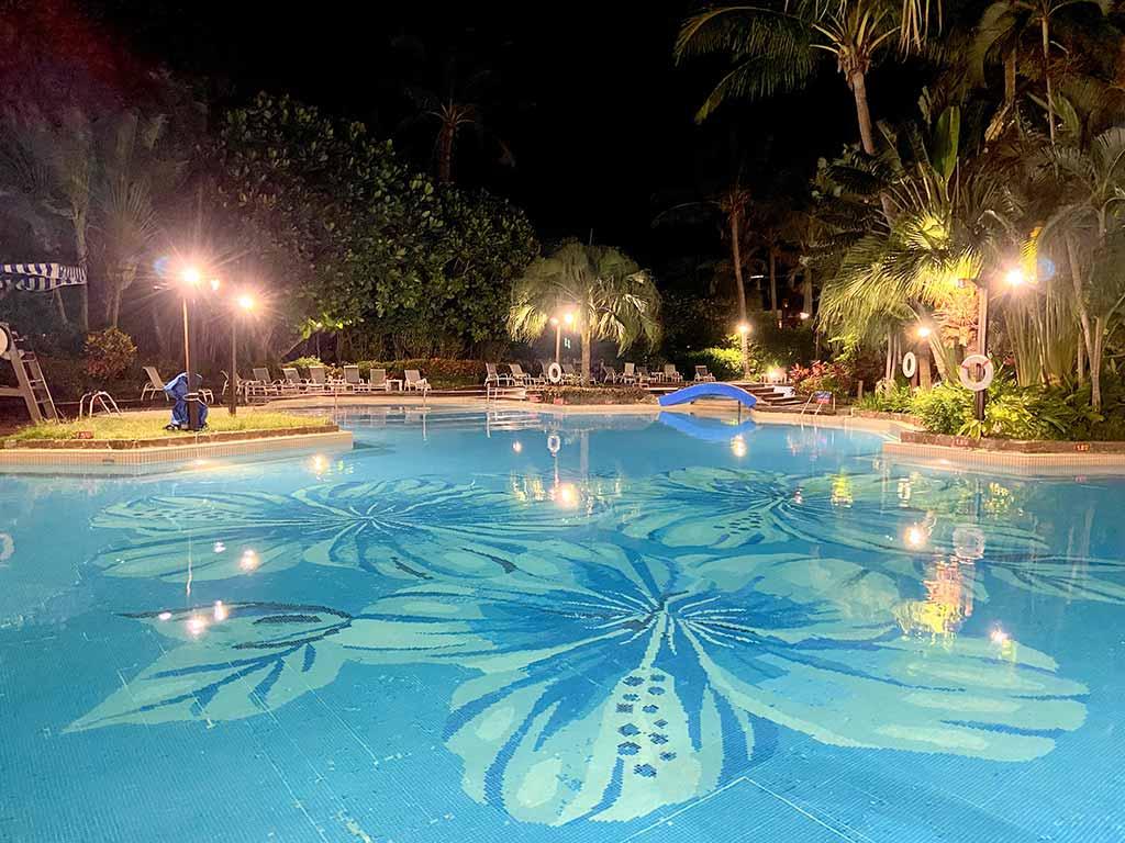 墾丁-泳池-飯店