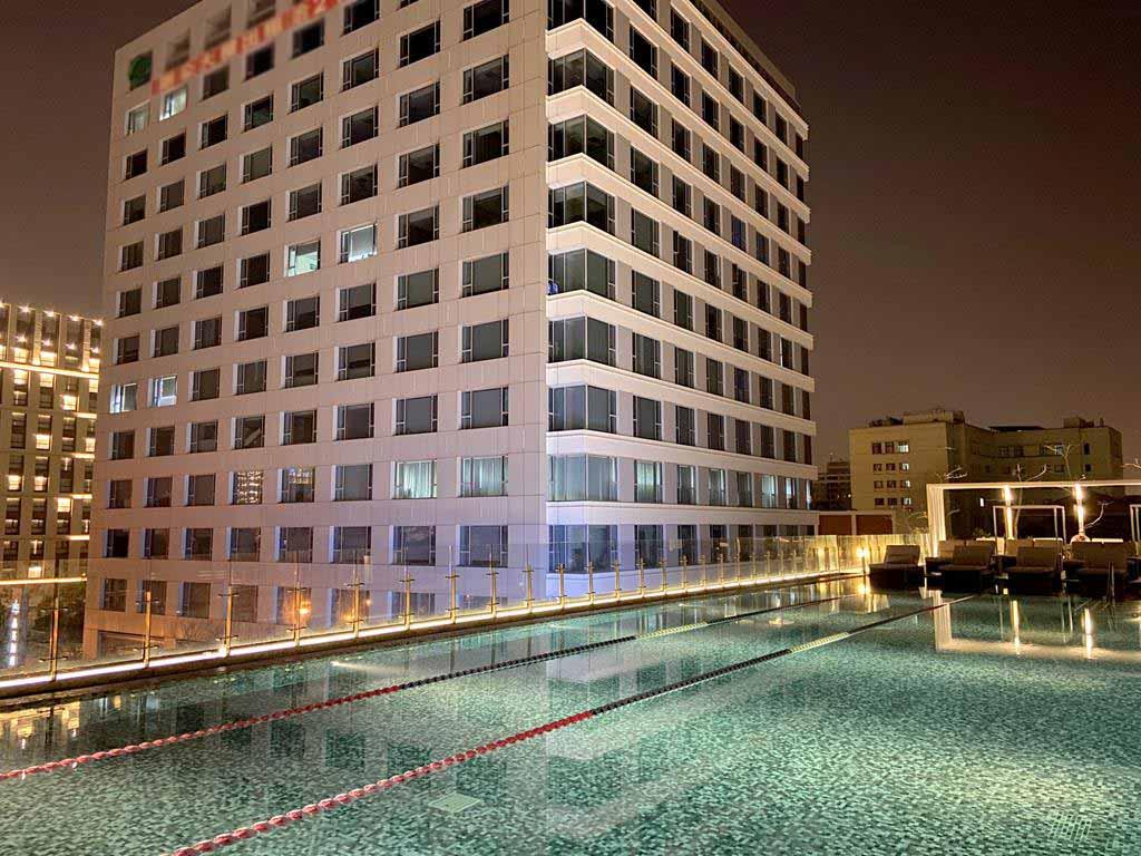 swimming-pool-of-Silks-Place-Tainan