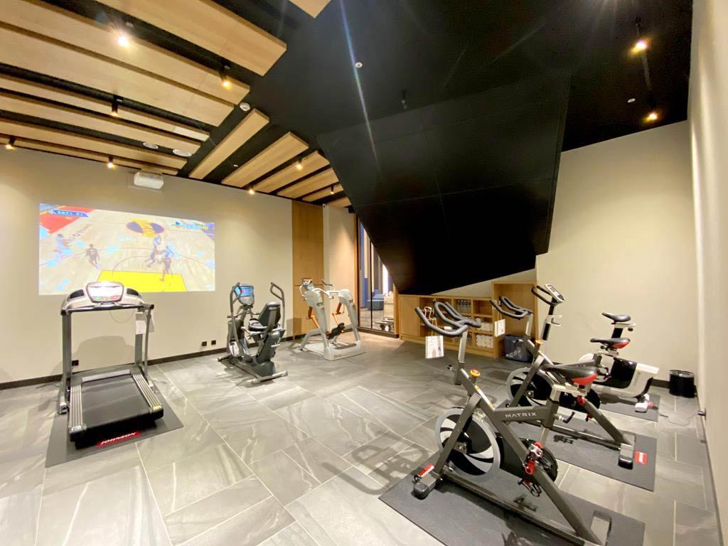 gym-of-holiday-Inn-Express-Chiayi
