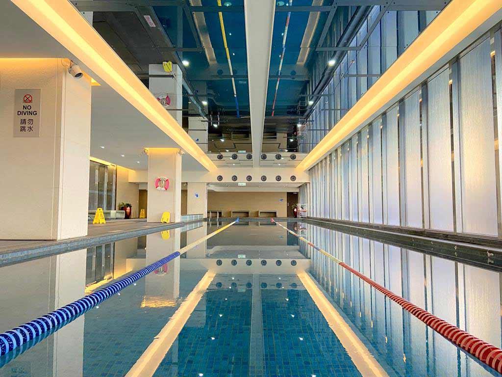 swimming-pool-of-Sheraton-Hsinchu-Hotel