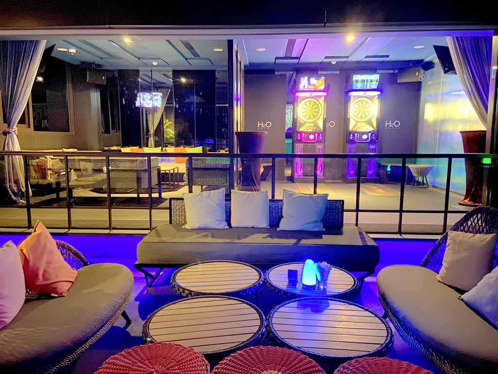 Bar-of-h2o-hotel