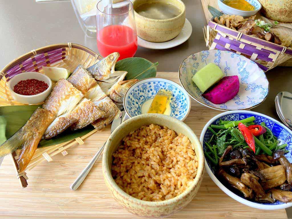 foods of gloria-manor