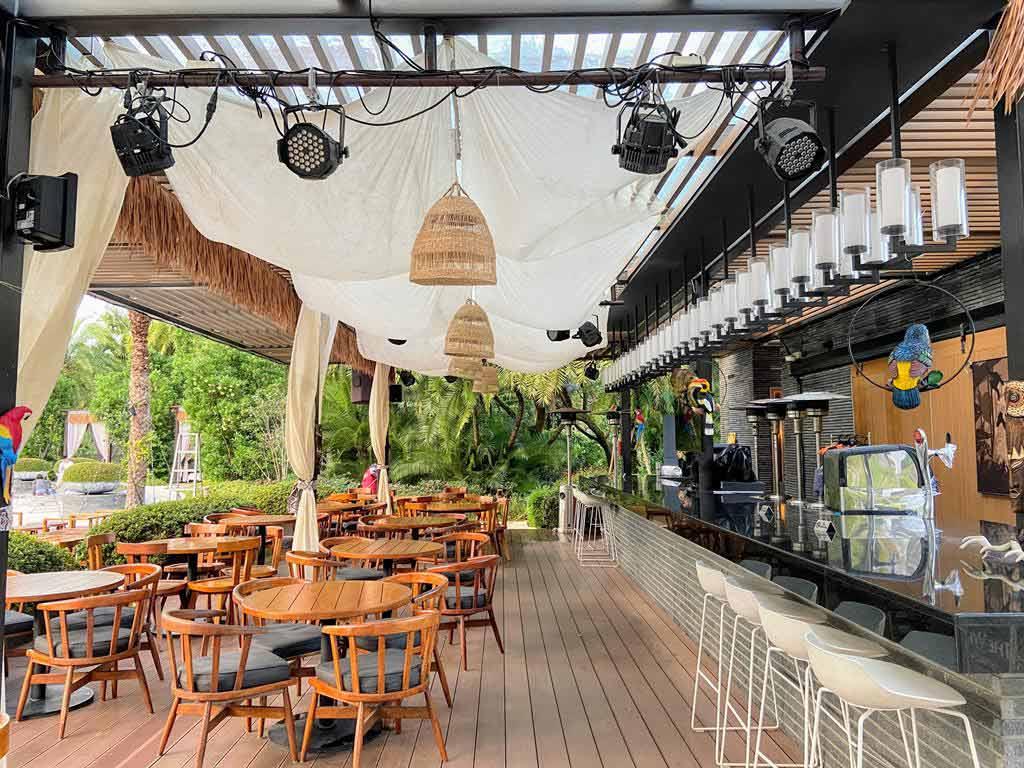 pool bar-of The Westin Tashee Resort