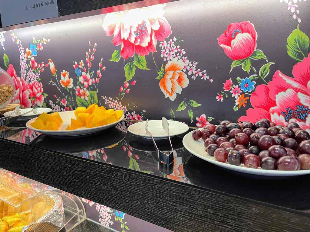 breakfast-of-yilan-pokara-resort
