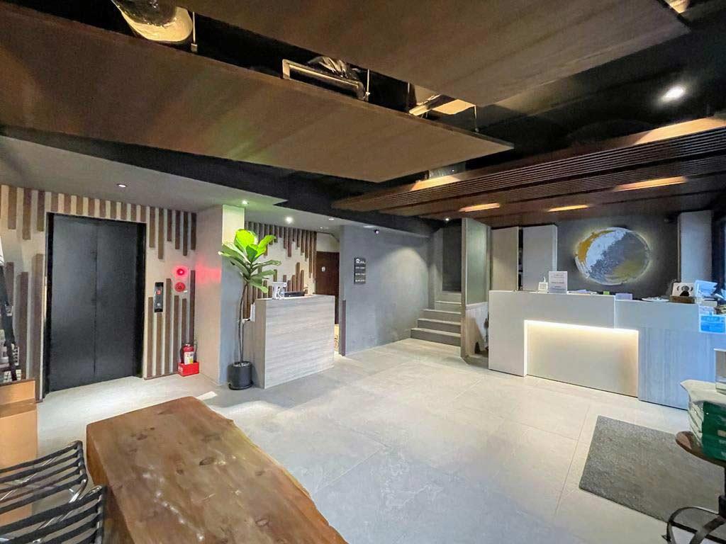 lobby-of-Yunoyado-Onsen-Hotspring-Hotel-Deyang