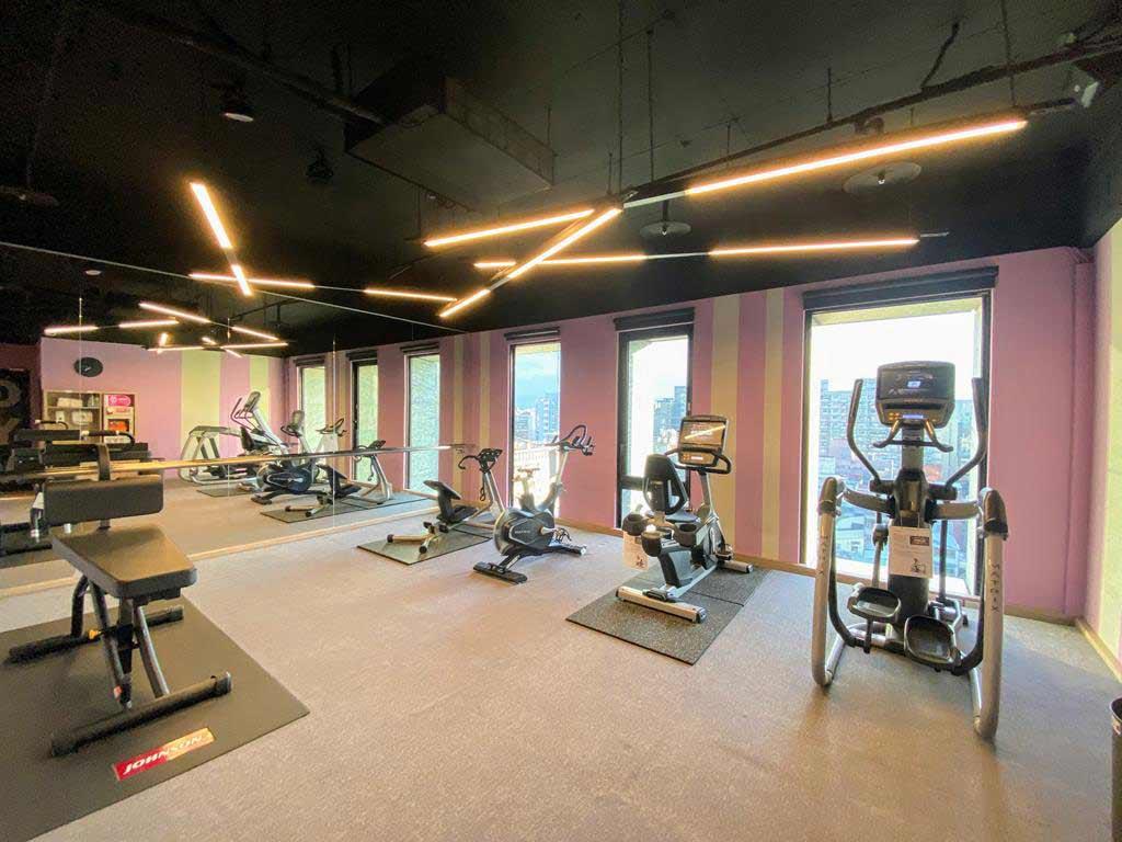 gym-of-Aloft-Taipei-Zhongshan